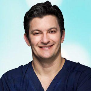 Dr. Rutsnei Schmitz